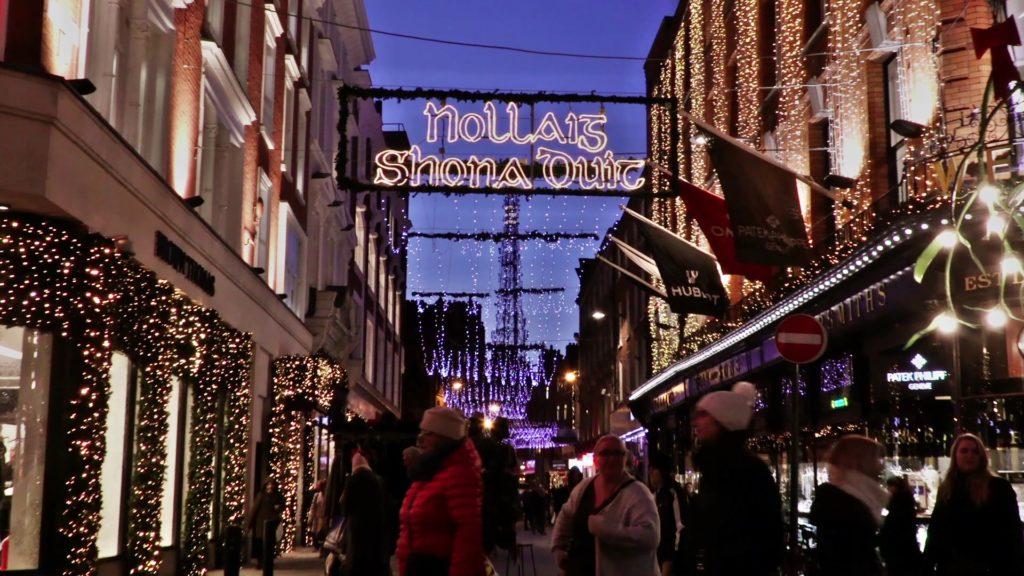 Christmas Greetings by David Norris